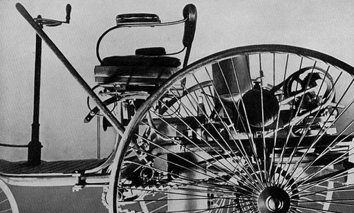 Patentmotorwagen, via Wikimedia Commons
